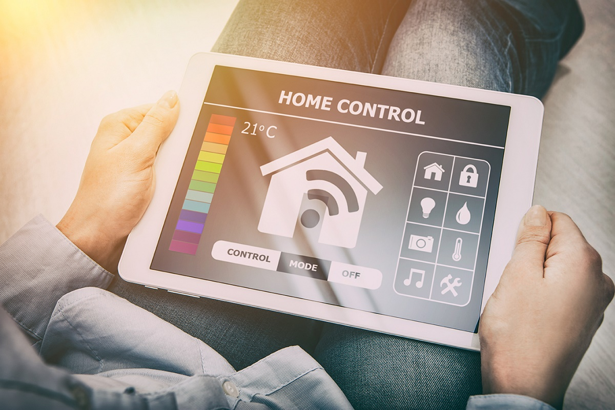 Home-Control Home Automation vs Internet of Things (IoT) vs Connected Home - What are the Differences