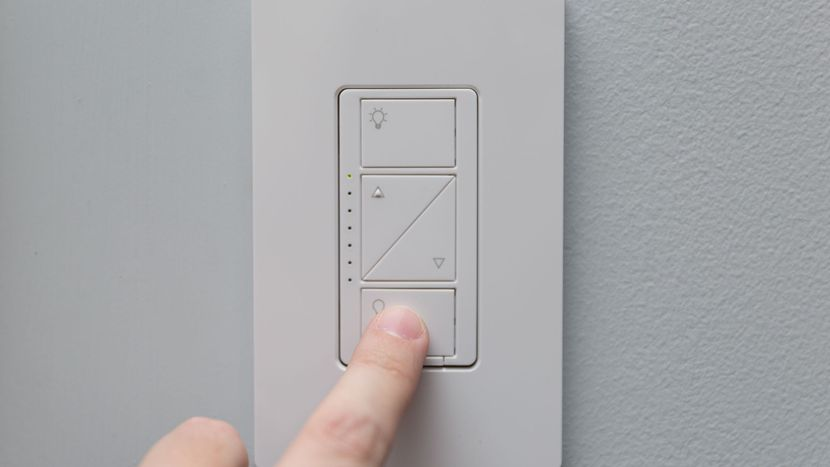 Lutron-Caseta-In-Wall-Wireless-Smart-Lighting-Kit Combining Stunning Interior Design with Innovative Smart Technology: The Easier Way to Enjoy the Best of Both Worlds