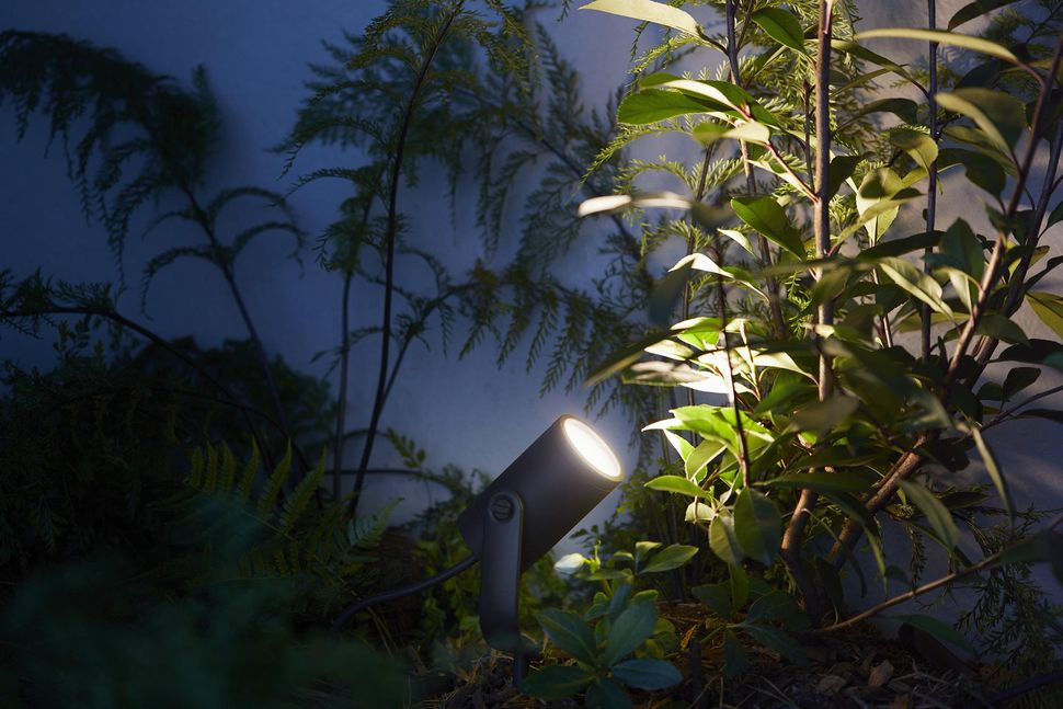 Smart-garden-lights Smart Outdoor Lighting: This Summer's Must-Have Essential for Your Garden